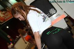 Corcel de Fierro 17 (Ariel PH 2015) Tags: spandex lycra pitbabe racequeen promotora edecan leggins calzas paddockgirl
