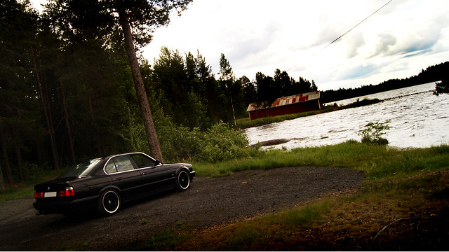 summer nature water sweden bmw 1991 91 535 e34