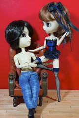 Felicidades Himitsu!!! (elbauldeLily) Tags: couple doll noir treasure sebastian series inside pullip regeneration obitsu taeyang mizars kuroshitsuji rewiged