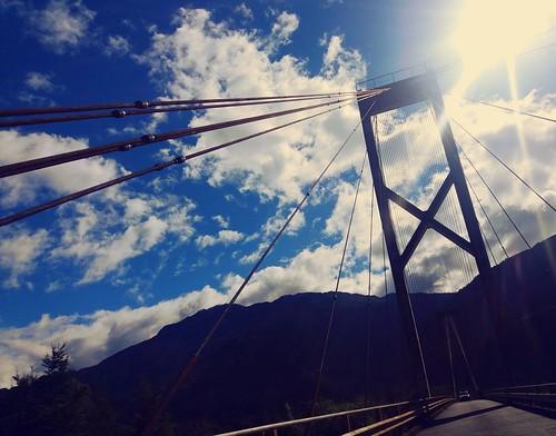Puente al sur del mundo