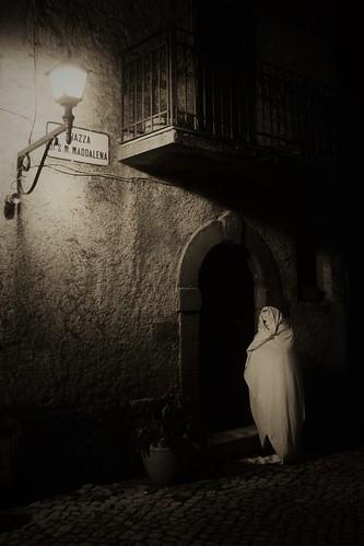 fantasma nel borgo n. 6 / ghost in town n. 6