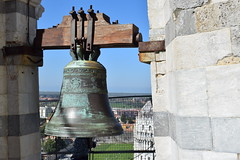 Bells at top of Leaning Tower of Pisa (graham19492000) Tags: campodeimiracoli pisa italy leaningtower
