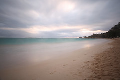 Kailua Sunrise (Fionn Luk) Tags: canon 5d view scene landscape trip travel vacation adventure explore fionn fionnluk thefootprintdiary hawaii oahu october beach water ocean sand long exposure longexposure kailuabeachpark