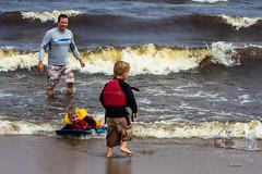 Photodepatricklevesque_I7D_0191.jpg (patrick_levesque) Tags: boogieboard famillelevesque lacsaintjean plage vagues