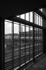 DSC09836_s (AndiP66) Tags: architecture architektur basel schweiz switzerland petermerian gebäude building blackandwhite schwarzweiss schwarz weiss black white monochrome sony sonyalpha 7markii 7ii 7m2 a7ii alpha ilce7m2 sonyfe28–70mmf35–56oss fe 28–70mm f35–56 sel2870 emount kitlens andreaspeters