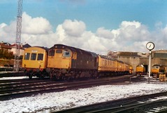 A 27 parked next to the Breakdown train at Eastfield depot (Ixion172) Tags: gbrailways ukrailways brblue brbluelivery eastfield class27 class101 brushtype4 class37 class47 englishelectric englishelectrictype3 birminghamrailwaycarriageandwagoncompany sulzer6lda28b