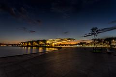 A Alvorada no Museu do Amanhã - Rio de Janeiro (mariohowat) Tags: museudoamanhã praçamauá novapraçamauá noturnas longaexposição alvorada amanhecer sunrise brazil brasil arquitetura natureza riodejaneiro canon6d