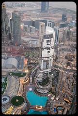 Emaar (franz75) Tags: nikon d80 uae emiratiarabiuniti asia oriente mediooriente middleeast dubai burj khalifa burjkhalifa top skycreeper grattacielo atthetop topoftheworld emaar