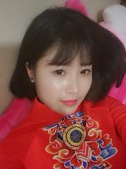Tks Kiu (Tks Kiu) Tags: girl vietnamese hanoian hanoi view likeforlike like beauty crazy meow youth tkskiu kiu tks me culture red aodaivietnam aodai