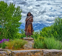 Sacajawea Monument (Philip Kuntz) Tags: sacajawea pomp sacajaweaandpomp sacajaweainterpretative educationandculturalcenter salmon idaho lewisclarkexpedition corpofdiscovery nativeamericans history