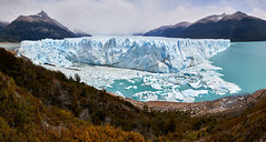 Five kilometers of ice (Photo_Flow) Tags: glacier gletscher peritomorenoglacier patagonia patagonien panorama landscape landschaft eis see lake 7dii view mountains