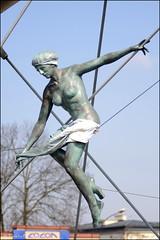 (facebook.com/DorotaOstrowskaFoto) Tags: wystawa rzeźba kładka kładkabernatka jerzykędziora exhibition