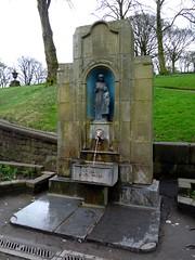 Buxton- Saint Ann's Well (Peter Ashton aka peamasher) Tags: buxton derbyshire peakdistrict unitedkingdom england architecture art sculpture