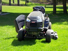 Craftsman Riding Lawn Mower. (dccradio) Tags: ny newyork grass lawn upstateny lawnmower greenery mower craftsman constable ridingmower lawntractor northernny