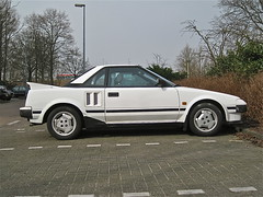 1985 TOYOTA MR2 1.6 Twin Cam AW11 (ClassicsOnTheStreet) Tags: classic amsterdam japanese 80s toyota oldtimer nippon streetphoto spotted 16 1980s 1985 coupe mr2 streetview japans youngtimer twincam klassieker mk1 gespot midengine 2013 straatfoto aw11 carspot hcleyndertweg nk70dd sidecode4