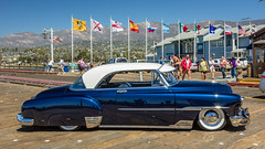 Hornet on The Pier (FrancisHamlet) Tags: california santa blue sky classic beach car canon sunny barbara hudson hornet 24105 f4l 60d