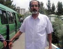 در ﺻورت ﻣرگ در زﻧدان، ﺑدﻧم را ﮐﺎﻟﺑد ﺷﮑﺎﻓﯽ ﮐﻧﯾد ﻣﺣﻣد رﺿﺎ ﭘورﺷﺟری جرس: محمد رضا پورشجری، نویسنده وبلاگی با عنوان گزارش به خاک ایران است که در ۲۱ شهریور ماه ۱۳۸۹ ؛ بی وقفه و بدون مرخصی زندانی بوده است ؛ در آخرین گفتگو با دخترش میترا پورشجری ، درخواست کالبد ش