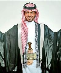 Cute Arab Guy (Diogioscuro) Tags: male fashion arab cuteguys middleeastern kaffiyeh diogioscuro thobe