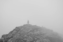 (GTCHD) Tags: bw mist mountain black blancoynegro blanco blackwhite ikaria bn greece grecia montaa niebla    athera  gtchd kakokatavasidi