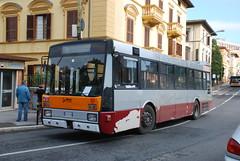 Siena Bus (So Cal Metro) Tags: italy bus italia metro transit siena breda bredamenarinibus menarinibus
