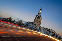 LU (Nasbe Photography) Tags: longexposure blue sunset sky france lune french tour traffic croissant bluehour nantes lu francais lieuunique tourlu poselongue nantais lepetitbeurre levoyagenantes