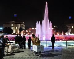 Sultanahmet Square (NATIONAL SUGRAPHIC) Tags: life street people night squares istanbul sultanahmet fatih gece sokak yaam insanlar sultanahmetmeydan sultanahmetsquare meydanlar sugraphic
