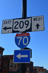 Cambridge, OH (Dinotography24) Tags: interstate 70 ohio route 209 sign directional cambridge shield