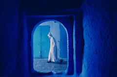 A white djellaba man in Chefchaouen (drclerk) Tags: basilacak chefchaouen leica m7 28mm 35mm summicron summilux streetphotography analog morocco maroc fes tetouan tanger muslims culture africa blue bw