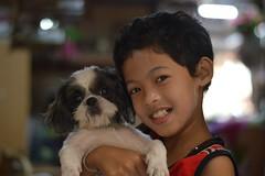 cute boy, cute dog (the foreign photographer - ฝรั่งถ่) Tags: cute boy dog doorway khlong thanon portraits bangkhen bangkok thailand nikon d3200