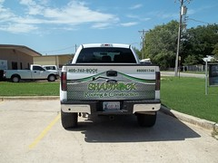 100_2412 (zakschroeder) Tags: shamrockroofingconstruction shamrockroofingandconstruction src markmccaleb mm fordf150 whitefordf150 whitef150 boltfenderflares customfenderflares partialwrap partialtruckwrap truckwrap partialf150wrap partialfordf150wrap roofing construction contractor builder green black white grey gray fourleafclover irish ireland curtiselam ce flatbed flat bed truck wrap graphic graphx design wrapped vehicle vehiclegraphics vehiclewrap wrapokc wrapokccom gallery