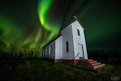Luz Espiritual (tsanchezruiz) Tags: nightshot nightphotography nightscape night nightlife fotografíanocturna paisaje paisajenocturno lightpainting iglesia church auroraboreal aurora auroraborealis northernlights green verde stars estrellas largaexposición longexposure iceland islandia cielo sky travel amazing nocturna noche naturaleza religion canon