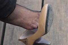 Candid feet from China (251) (Candid 100%) Tags: asian candid feet nylon pantyhose chinese china shoeplay dangling dipping toes soles foot shoes ballet flats high heels pumps sandals külotlu çorap ayak füsse strumpfhose калготкі чорапогащник pantis punčocháče strømpebukser sukkpüksid sukkahousut collants media calza καλσόν harisnyanadrág パンティーストッキング 팬티 스타킹 zeķbikses pėdkelnės جوراب شلواری rajstopy meiacalça ciorapi колготки унихоп pančucháče hlačne nogavice strumpbyxor קאָלגאָטקעס broekiekס