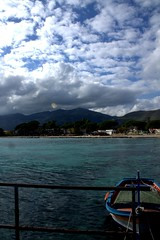 Mondello e nuvole (dona(bluesea)) Tags: sky nuvole clouds mare sea barca boat mondello sicilia sicily italia italy