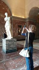 The Louvre (deadmanjones) Tags: venusdemilo zjlb photographingthephotographer louvre muséedulouvre thelouvre louvremuseum