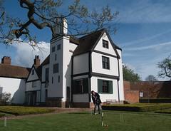 52 Weeks - Week 15 - Croquet on the lawn (World of Izon) Tags: boscobelhouse englishheritage croquet bishopswood royaloak 52weeks selfportrait