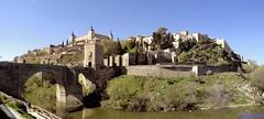 Toledo (santiagolopezpastor) Tags: españa espagne spain castilla castillalamancha toledo provinciadetoledo medieval middleages river ríotajo tajo alcázar