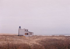 A lonely house in winter. (Hijo de la Tierra.) Tags: film analog 35mm analogue nikkormat cabo polonio grain sea winter uruguay house beach cold