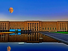 B'Loonz 21: Picasso at the art museum (boriches) Tags: picasso balloon museum art nelsonatkins kansascity