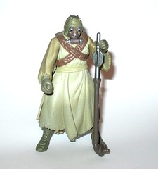 tusken raider with gaderffi stick battle club star wars power of the force 2 red card 1996 collection 2 basic action figures hasbro 2e (tjparkside) Tags: tusken raider with gaderffi stick battle club star wars power force 2 red card 1996 collection basic action figures hasbro potf2 potf two figure tatooine ep episode 4 iv four new hope sw anh removable cloak sandperosn sandpeople raiders cardback