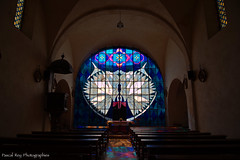 In a small church of nothern Drôme,  one of the largest  stained-glass window in Europe. (Pascal Rey Photographies) Tags: vitrail lumières light église church iglesia kirche aruba abw saintmartindesrosiers drôme drômedescollines rhônealpes pascalreyphotographies photographiecontemporaine photographie photography photographierurale nikon d700 digikam digikamusers linux ubuntu opensource freesoftware