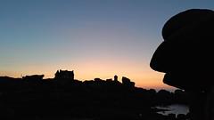 In girum imus nocte et consumimur igni (olivierpayen40) Tags: bretagne ploumanach coucher de soleil smartphone meizu croqueur paysage phare cote granit rose