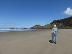 the great, big beach (carolyn_in_oregon) Tags: crescentbeach ecolastatepark oregon pacificocean cannonbeach al allie jacob