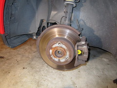 2008-2014 Smart Fortwo Front Brakes - Changing Front Brake Pads - Rotor, Caliper, Bracket (paul79uf) Tags: 2008 2009 2010 2011 2012 2013 2014 smart fortwo front brake disc pads change changing como hacer cambiar frenos 2nd second generation part number numero de parte rotor caliper bracket torque spec specifications value specs size socket slider pin piston