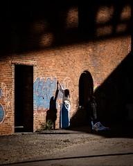 Postcard from Brooklyn (Pat Kelleher) Tags: brooklyn newyork light shadow streetphotography street urban fuji fujixt1