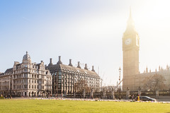Parliament Square Garden (André Moecke) Tags: london landon parliament bigben sunrise park england londres inglaterra clocktower