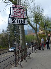 Welcome to Soller (at the Railway Station) (luckypenguin) Tags: spain majorca mallorca balearics balearicislands station soller railway