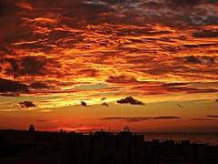 Colores del amanecer (Antonio Chacon) Tags: andalucia amanecer marbella málaga mar mediterráneo costadelsol cielo españa spain nubes nature naturaleza sunrise