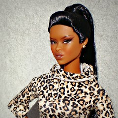 Seductive side glance (Deejay Bafaroy) Tags: portrait closeup toys doll barbie portrt makeda talking drama adele fr mattel integrity fashionroyalty