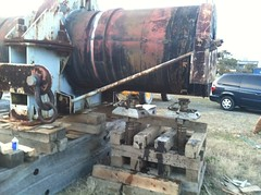 WWII Battleship Gun Barrel Relocated (Expert House Movers) Tags: wwii gunbarrel historicalpreservation