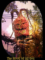 The Root (MissyPenny) Tags: halloween pennsylvania scarecrow evil scarey root southeasternpa kodakz990 pdlaich missypenny
